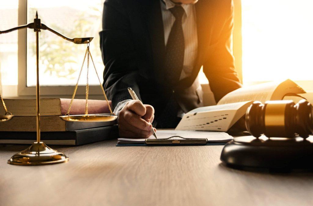 Perito legal: Todo lo que necesitas para resolver tu caso